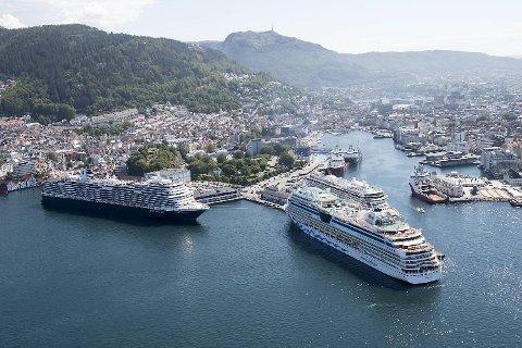 Torsdag blir årets topp hva gjelder cruiseskip og cruiseturister i Bergen i 2019.
