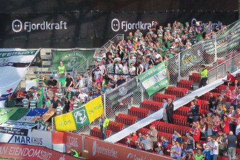 145 tilreisende fra Dublin, som var så lucky at de ikke bare fikk med seg et godt resultat i siste minutt - men også fint vært i Bergen! Heldigere kan man knapt være!