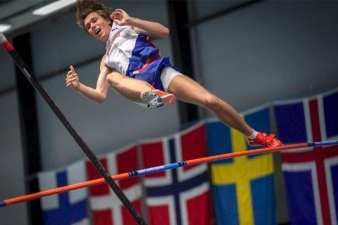 Pål Haugen Lillefosse er blant favorittene i lørdagens stav-finale i U20-EM i Borås. Foto: NTB Scanpix