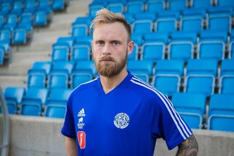 Simen Næss scoret syv mål i Lyseklosters 19-0-seier over Valdres.
