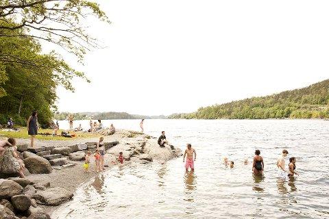 Kanskje blir det bading ved Gamlehaugen den nærmeste dagene? (Arkiv)