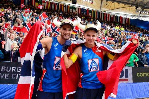 Anders Mol og Christian Sørum jakter mer edelt metall. Her fra da de vant bronsemedalje i VM.