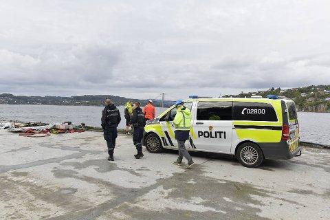 Politiet dro til Breivikdalen for å undersøke saken.