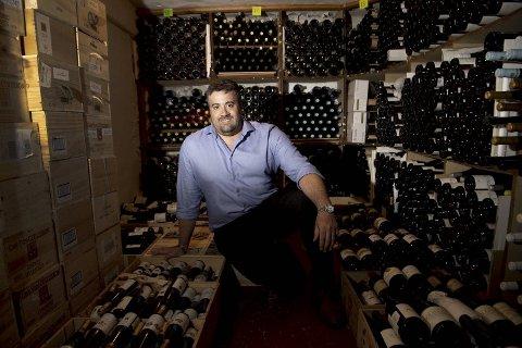 Francesco Marzola har ryddet i landets største vinkjeller.