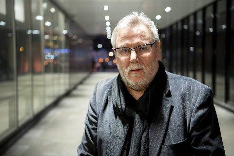 Finn Bjørn Tønder, spaltist i BA