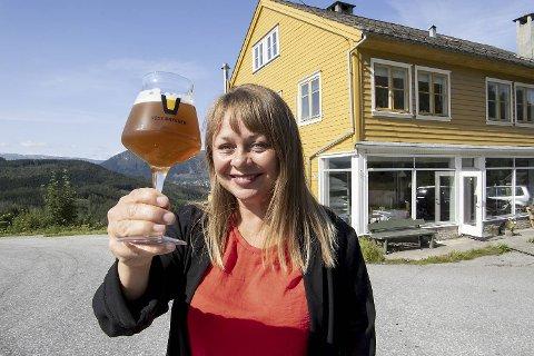 Jeanette Lillås startet Voss Bryggeri sammen med med to andre i 2012. De kjøpte et gammelt hus på Kyte der det hadde vært                         landhandel, post og bakeri. Flere utesteder i Bergen er blant kundene til mikrobryggeriet.