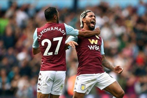 Douglas Luiz jubler etter trøstemålet sitt mot Bournemouth hjemme på Villa Park sist helg. Aston Villa har tapt de to første kampene sine etter opprykket til Premier League, men vi tror de tar sesongens første poeng hjemme mot Everton fredag kveld.