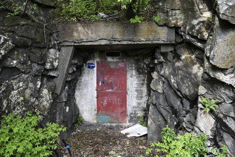 Bebyggelse over fjellbasseng, som det er på Øvre Kleppe 125 basseng, vil alltid være forbundet med fare for innlekking fra avløpssystemer via sprekker i fjellet, heter det i en rapport fra Askøy kommune.