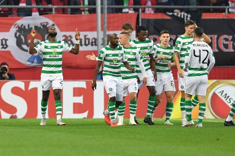 Vi tror at Celtic og Odsonne Edouard (t.v.) tar sin femte strake seier på rad i Champions League-kvaliken. (AP Photo/Kerstin Joensson)