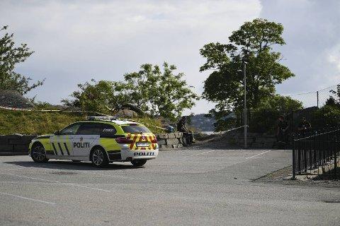 En mann ble funnet livløs i Strusshamn på Askøy onsdag ettermiddag.