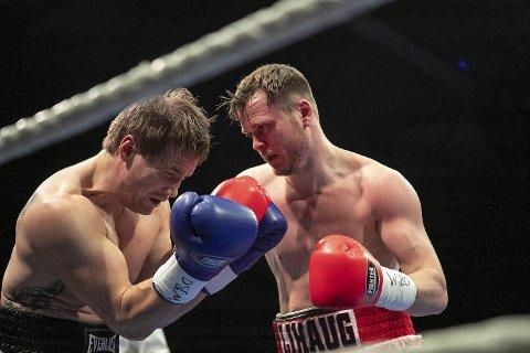 Tim-Robin Lihaug (t.h.) slo Timo Laine i en jevn kamp på Sotra i mars (bildet), noe som nå har åpnet døren for en VM-kamp!