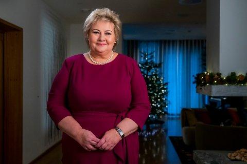 Statsminister Erna Solberg (H) sender varme tanker til alle som har mistet en av sine kjære det siste året. Onsdag kveld ble statsministerens nyttårstale sendt. Hun var også opptatt av klima og FNs bærekraftmål.