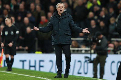 Tottenham's manager Jose Mourinho opens his arms during the English Premier League soccer match between Tottenham Hotspur and Chelsea, at the Tottenham Hotspur Stadium in London, Sunday, Dec. 22, 2019. (AP Photo/Ian Walton)