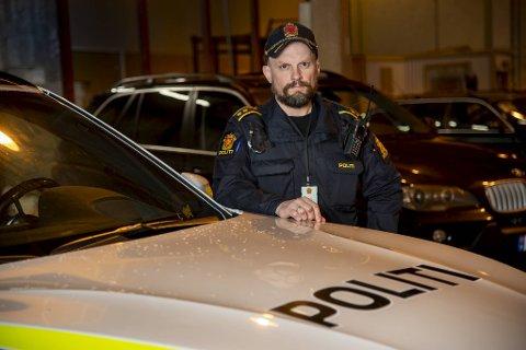 Politioverbetjent Kjetil Hordnes er pålagt trening som del av jobben som operativ tjenesteperson.