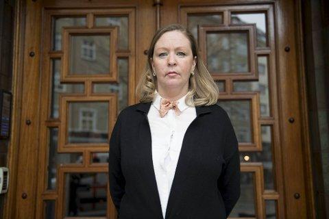 Rikke Arnesen etterlyser mer hjelp til foreldre som blir fratatt barna sine.