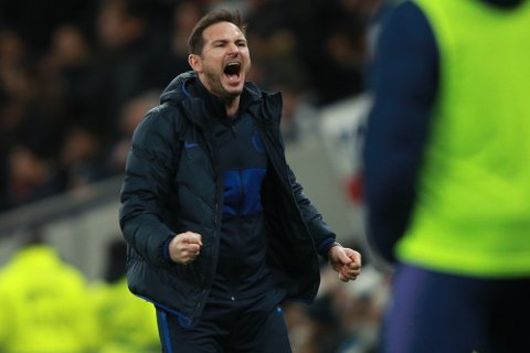Chelsea's head coach Frank Lampard celebrates after Willian scored his side's second goal during the English Premier League soccer match between Tottenham Hotspur and Chelsea, at the Tottenham Hotspur Stadium in London, Sunday, Dec. 22, 2019. (AP Photo/Ian Walton)