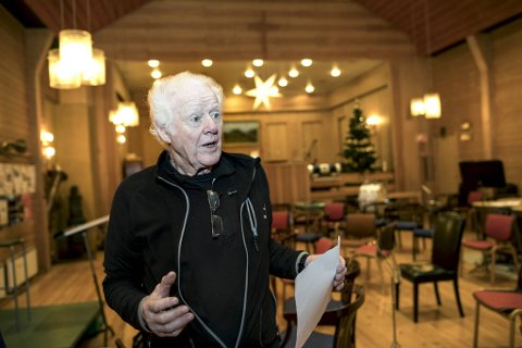Inge Kåre Olsen i Arne Musikforening er klar for å kjempe for at forsamlingshuset Samhold skal få bestå: – Dette er et viktig kulturminne mange har et forhold til, og det er viktig for oss å få beholde det, sier han.