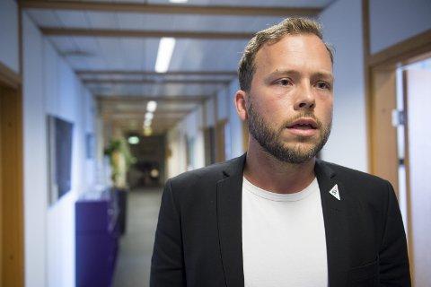 SV-leder Audun Lysbakken slakter den nye reformen i drosjenæringen. – Alle kommer til å tape på den, sier han.FOTO: ARNE RISTESUND