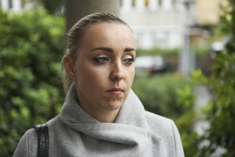 Oksana Orlava angrer på at hun ikke googlet selskapet hun kjøpte mobiltelefon av. – Da hadde jeg aldri bestilt av dem.