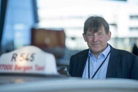 KRISE: Taxikjøringen har sunket med 50 prosent siste uke, sier Jan Valeur.