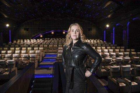 Administrerende direktør for Bergen kino, Jeanette Heggland,  har tapt rundt en halv million publikumsbesøk på grunn av pandemien.