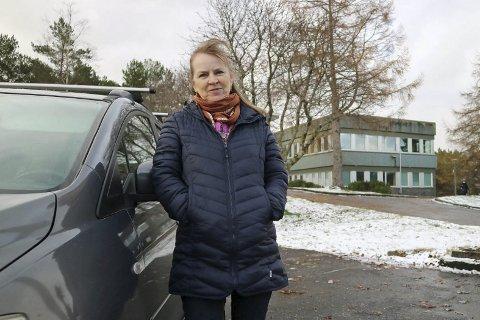 REGISTRERER INTERESSE I BERGEN: Lokallagsleder Nina Almeland i partilaget Folkeaksjonen Alver forteller at det nystartede partiet har vært i kontakt med folk som ønsker å starte lokallag i Bergen.FOTO: VEGARD FLATØY, AVISA NORDHORDLAND