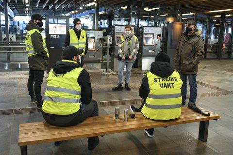 Vekterne på Bystasjonen sier streikens varighet understreker hvor viktig kampen deres er.