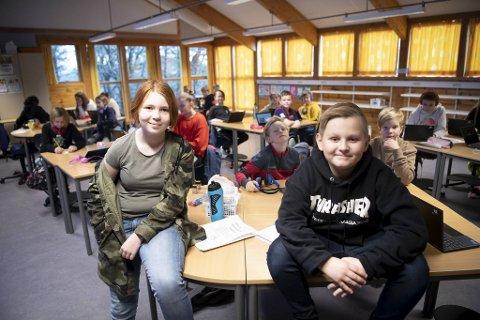 Klasse 6B med  Ida Nilssen Rognaldsen og  Kaspian Martin Øvretveit i front, mener prosjektet har vært spennende. Ja, faktisk det eneste som har vært spennende i år.