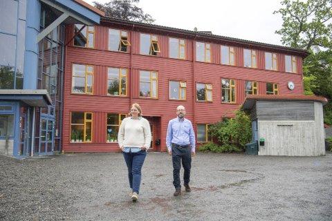 Hilde Søraas er tilbake som daglig leder ved Rudolf Steinerskolen på Paradis etter ni måneder i permisjon. Store deler av 2020 har Bjørn Rosland Norberg hatt rollen i hennes fravær.