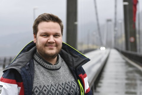 Osterøy har kontroll på smitten som har dukket opp de siste månedene, men ordfører Lars Fjeldstad (Sp) og innbyggerne blir likevel med for å dempe smitten i bergensregionen.