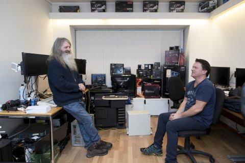 Even Westerheim og Ronny Georg Nordvik (til høyre) var datapionerer i Bergen på åttitallet. Det startet med såkalt piratkopiering av spill og har senere gitt dem karrierer innen data.