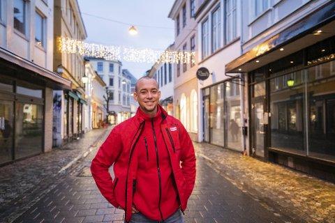 – Vi merker at flere vil delta, spesielt i år. Det er definitivt behov for et ungdomshus i sentrum, sier senterleder Per Henrik Hanssen.