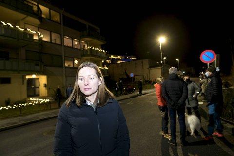 Mange er svært bekymret og sterkt imot planene som kommunen har i området hos oss, sier Karina Fossmark.