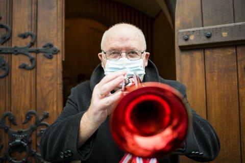 På julaften har Pettersen spilt konserter fra tårnet i både Korskirken og Nykirken, de siste 12 årene. I år blir det med en litt ny vri.
