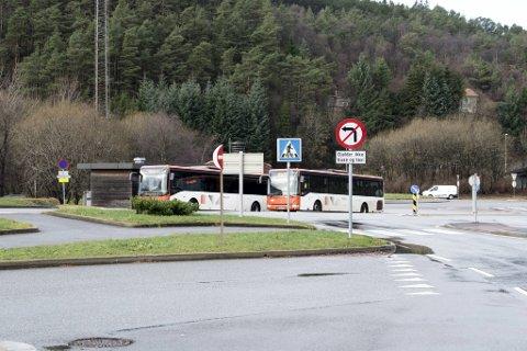 UP har i løpet av den siste uken bøtelagt 19 sjåfører for brudd på svingforbudet ved Storavatnet terminal.