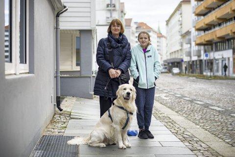 Kristin Helle (1965) og Emily Grace Helle-Pennington (2008), Nordnes