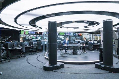 Her TV 2s nyhetsstudioet i Bergen. Mediebedriften har nå lyst ut 20 nye stillinger.