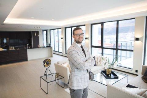 Tom Jørgensen i Privatmegleren Vikebø og Jørgensen kan se tilbake på et rekordår for eiendomsbransjen i Bergen.