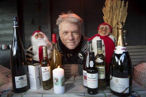 Alkoholfritt til jul? En musserende i magnumutgave, eller en «dobbel» hvitvin? Kanskje små flasker til julens søte fristelser? Her er de flytende gavene du kan plassere under juletreet!