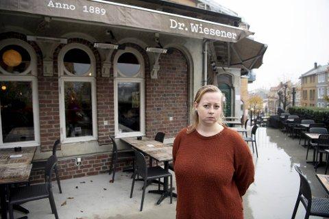 Linn Nitter ved Dr.Wiesener sier bergensere har blitt flinkere til å bruke byen de siste ukene.