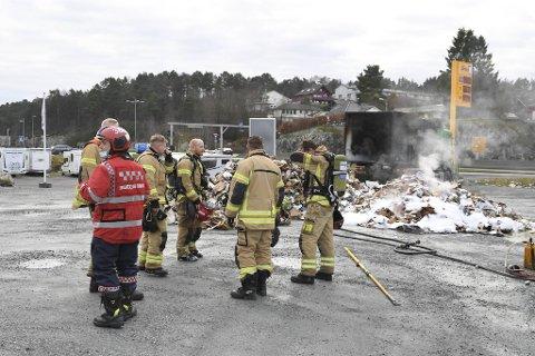 Rema-butikken måtte holde stengt i rundt to timer etter brannen.