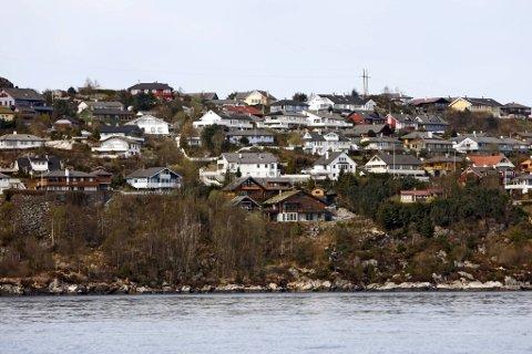 Politiet har de siste to-tre ukene fått flere meldinger om pakketyveri fra postkasser i områdene Erdal på Askøy og Hjelteryggen på Sotra (her avbildet).