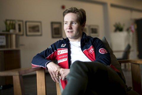 – Jeg merker at jeg ikke er stabil. Det irriterer meg, sier Lunde Pedersen. I helgen går han for sin 15. internasjonale mesterskapsmedalje under allround-VM i Vikingskipet.