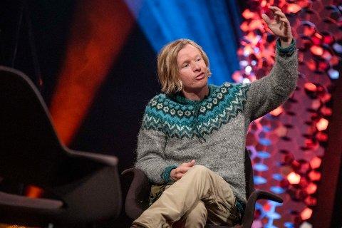 Stian Aadland fra Arna er gjest hos Anne Lindmo i kveld.