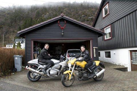 Da kvinnen i risikogruppen fikk trøbbel med å komme seg til Haukeland, fikk Lisa Nilsen og Thomas Stadaas en glimrende idé.
