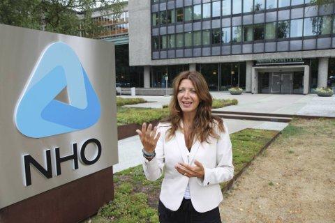 – Flere av våre bedrifter må velge hvilke regninger de skal betale, fordi pengene ikke strekker til, sier Anne-Cecilie Kaltenborn, administrerende direktør i NHO Service og Handel.