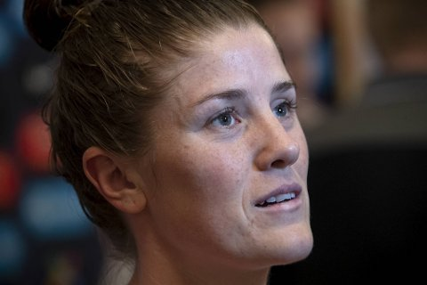 Maren Mjelde måtte stå over semifinalen i Algarve Cup mot Tyskland lørdag.