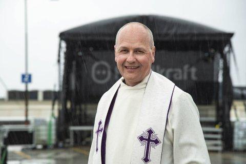 Domprost i Bergen, Gudmund Waaler, ser frem til gudstjeneste på taket av Bygarasjen 1. påskedag med spenning.