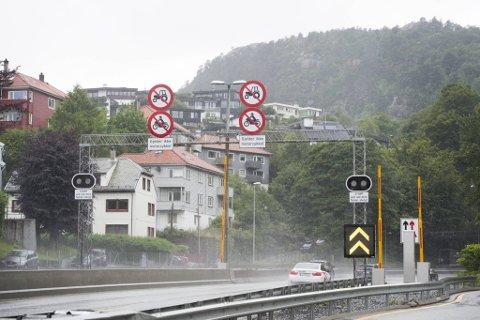En passiv måler i Øyjorden viser høy lokal luftforurensning. Andre målinger i samme områder viser imidlertid at forurensningen er svært lokal.