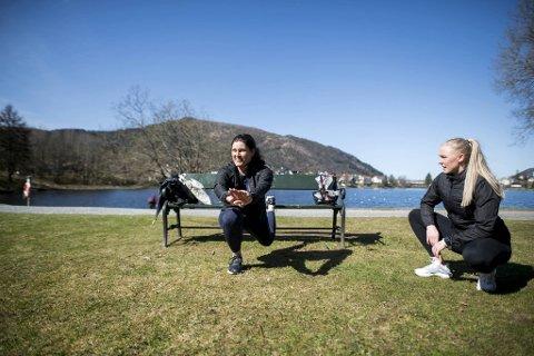 Nina Kibsgaard og personlig trener Kristine Paulsen synes at utendørstrening passer for alle.